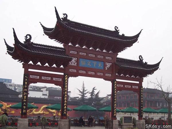 双城记——南京与武汉